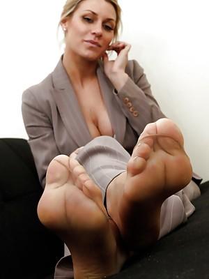 Pantyhose Feet Com